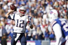 Tom Brady on his way to 466 yards and 3 TD's.
